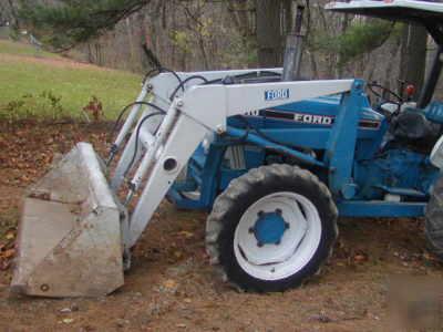 Bush Hog Front End Loader Off A Ford 3910 Tractor 4wd